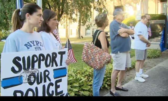 Supporters of police departments in the local community and across the country gathered outside New Rochelle City Hall on Monday in a show of solidarity.