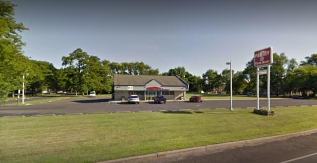Pantry 1 Food Mart, 1801 Newport Road, Croydon, PA
