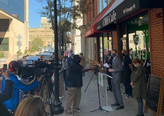 New Haven Mayor Elicker attended grand openings for three new restaurants/food trucks in the city on Wednesday, Sept. 23.