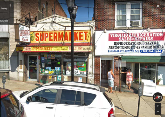 A winning Cash 5 ticket was sold at the El Cubany market in West New York.