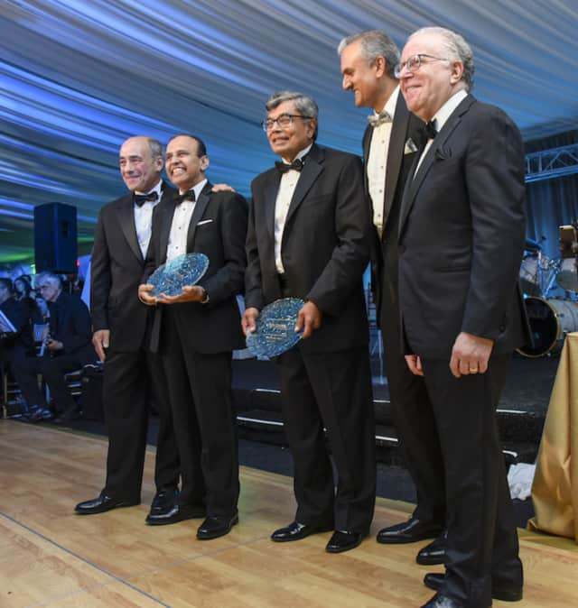 From left, Michael Israel, President and CEO of the network, Sateesh Babu, MD, Chief, Vascular and Endovascular Surgery; Pravin M. Shah, MD, Vascular Surgeon; Zubeen Shroff, Chair of the foundation; Mitchell C. Hochberg, Chair of Westchester Corp.