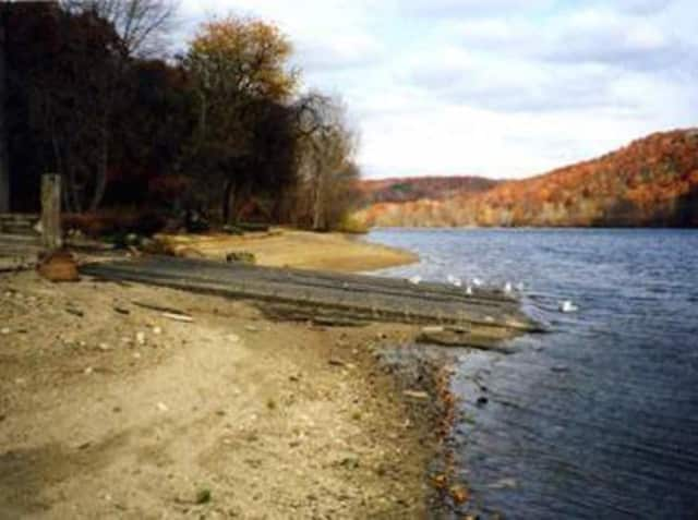The Sunnyside Boat Ramp on the Housatonic River in Shelton