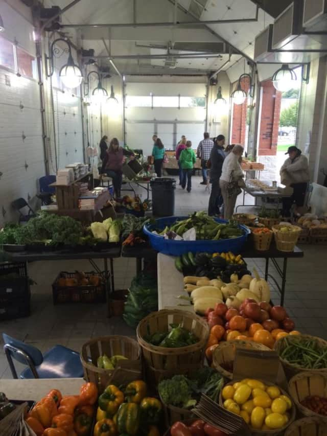 The Shelton Farmers' Market will hold a special New Year's celebration on Saturday, Jan. 2.
