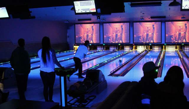 Spins Bowl is hosting a grand opening in Carmel.