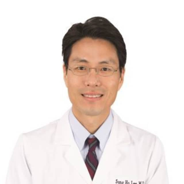 Thanks to his multicultural background, Dr. Sung Ho Lee is able to treat patients from all walks of life at Highland Medical P.C. and Nyack Hospital.