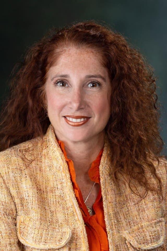 Dr. Laura Feijoo