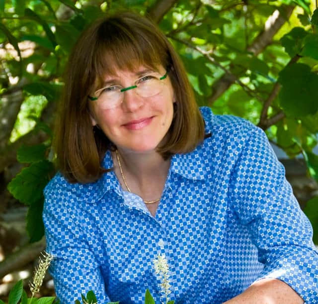 Environmental Horticulturist Kim Eierman will share her knowledge on landscapes as healthy ecosystems in her lecture, The EcoBeneficial Landscape: From Trees to Bees, at the Darien Library on Tuesday, March 7.