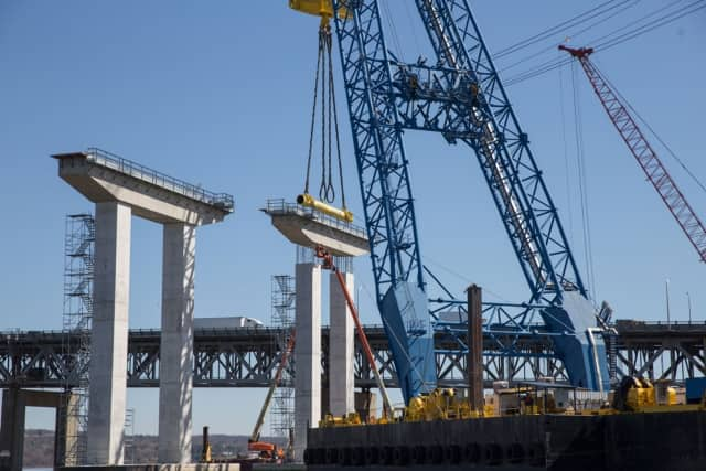 Construction of the new Tappan Zee Bridge is forcing the closure of some northbound lanes on the current bridge this weekend.