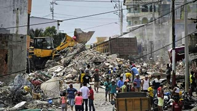 The Ecuadorian earthquake left swaths of destruction.