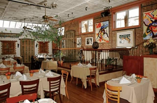 Haverstraw RiverArts will host a fundraising benefit at the Union Restaurant on Sunday in Haverstraw.