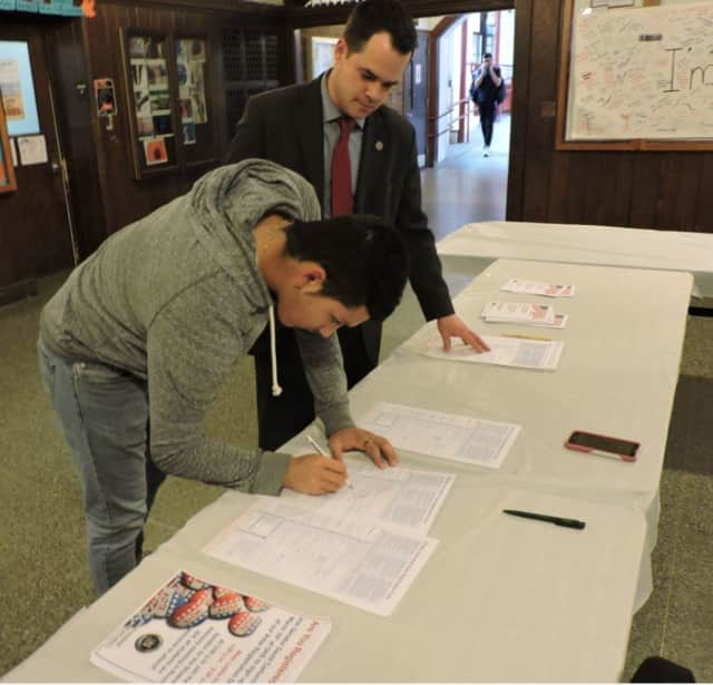 Senator David Carlucci recently held a Voter Registration Day at Ossining High School in an effort to get more students interested in voting.
