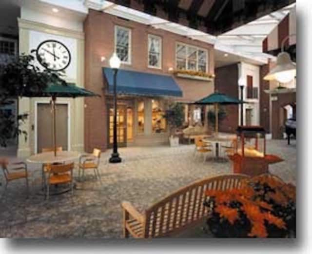 New Canaan's The Village of Waveny has been named one of the top assisted-living facilities by SeniorAdvisor.com.