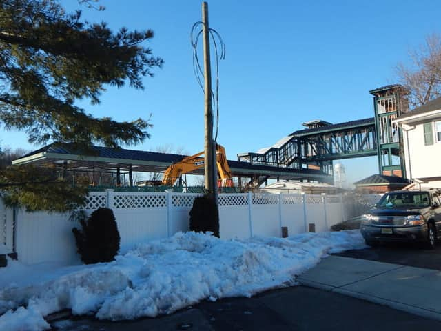 NJ Transit has again delayed the opening of Westmont Station.
