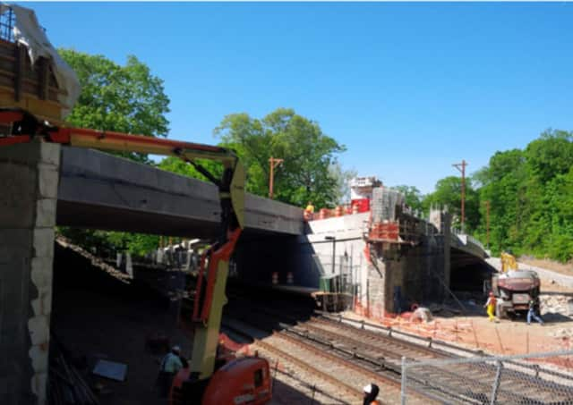 Crews work on the Bronx River Parkway construction project this spring.