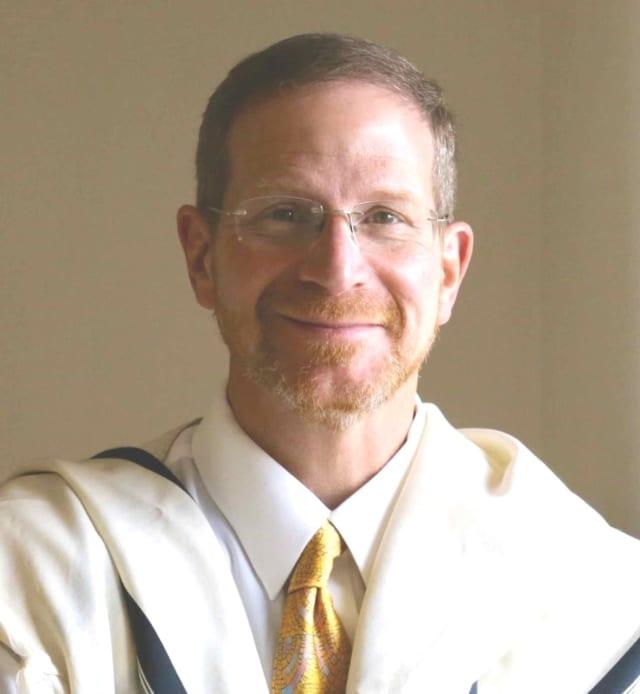 Rabbi David Wilfond began is role as Senior Rabbi of Temple Shaaray Tefila in Bedford Corners on July 1.