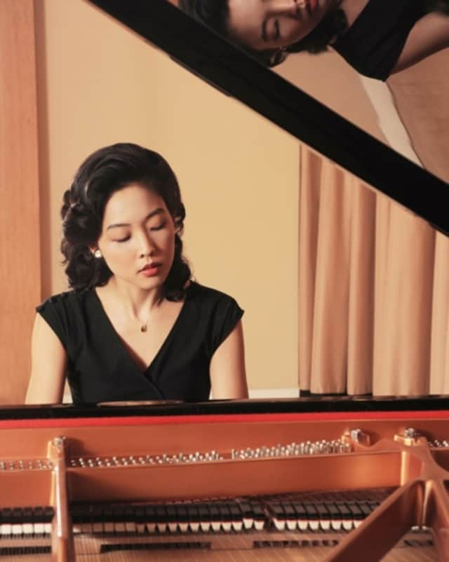 The piano recital featuring Lisa Yui planned for Saturday has been postponed due to an injury.
