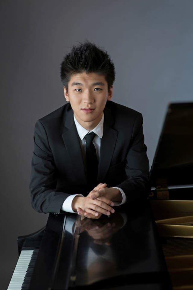 Yun-Chin Zhou