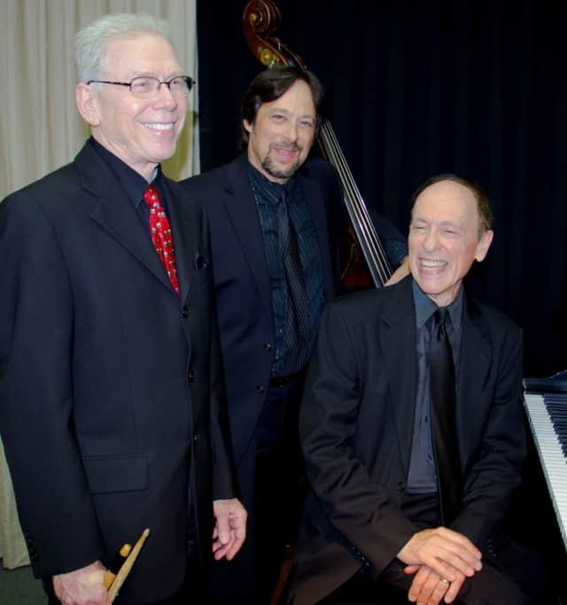 The Joel Zelnik Trio will play July 29
