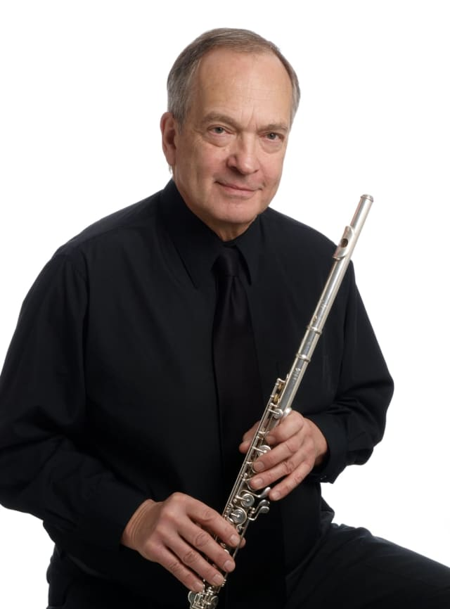 Longtime Westchester Philharmonic Music Director Paul Lustig Dunkel has a new CD.