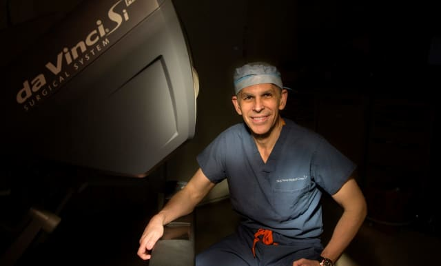 Dr. Raul Parra.