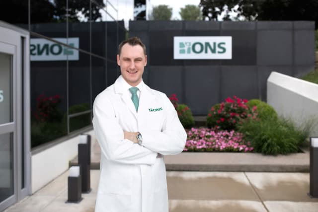 Dr. Mark Yakavonis has joined ONS.