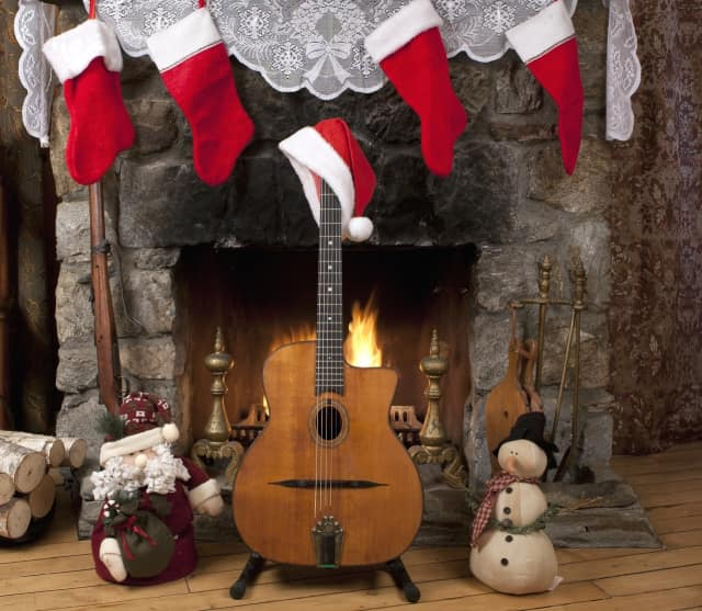 Guests will experience a night of guitar-based jazz melodies and festive swing dancing.