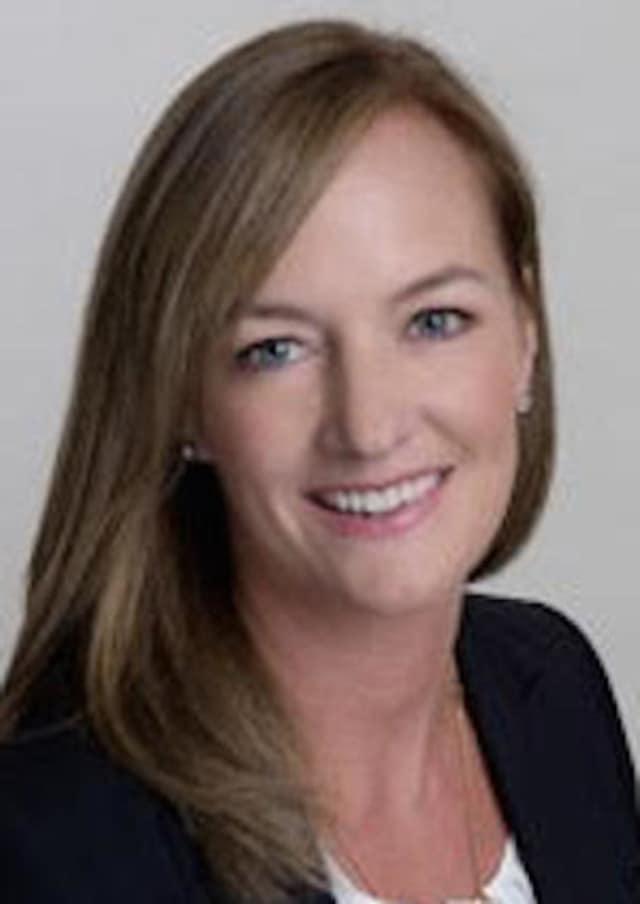 Amanda Bryan Briggs has been naed manager of Houlihan Lawrence's New Canaan real estate brokerage office.