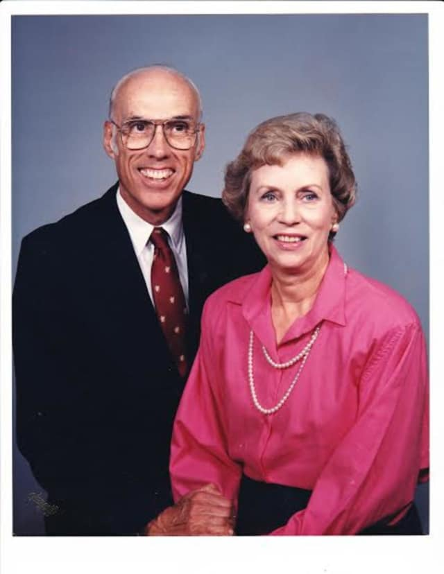 Dr. Robert Appleby, left, and his wife, Marjorie, started school-based health centers in Norwalk in 1994.