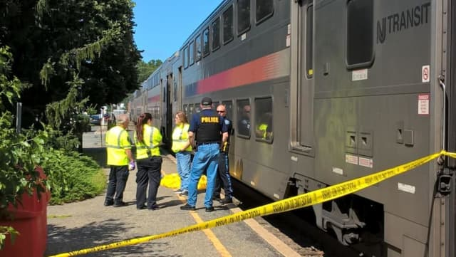 A following train collected the passengers with no additional delays, NJ Transit said.