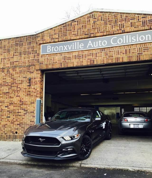 """Bronxville Auto Collision has been recognized as a """"Top Automaker."""""""
