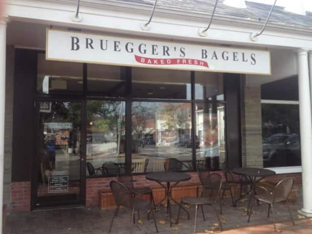 Bruegger's Bagels on South Avenue in New Canaan is closing on Sunday.