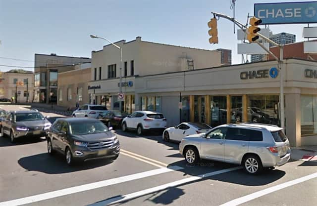 Chase Bank, Fort Lee