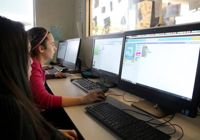Westlake Middle School Shows Off Coding Skills   Mount