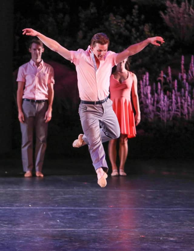 NYC Ballet principal dancer Daniel Ulbricht will teach a holiday master dance class Dec. 23 at the Jewish Community Center of Mid-Westchester.