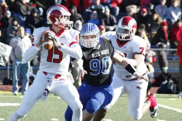 Darien and New Canaan will face off in the FCIAC championship game Thursday as football teams around the county play their traditional Thanksgiving rivalry games.