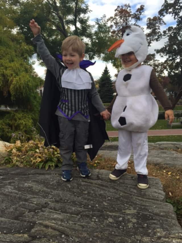 Halloween will get off to a festive start Saturday in Harrington Park with the Ragamuffin Parade.