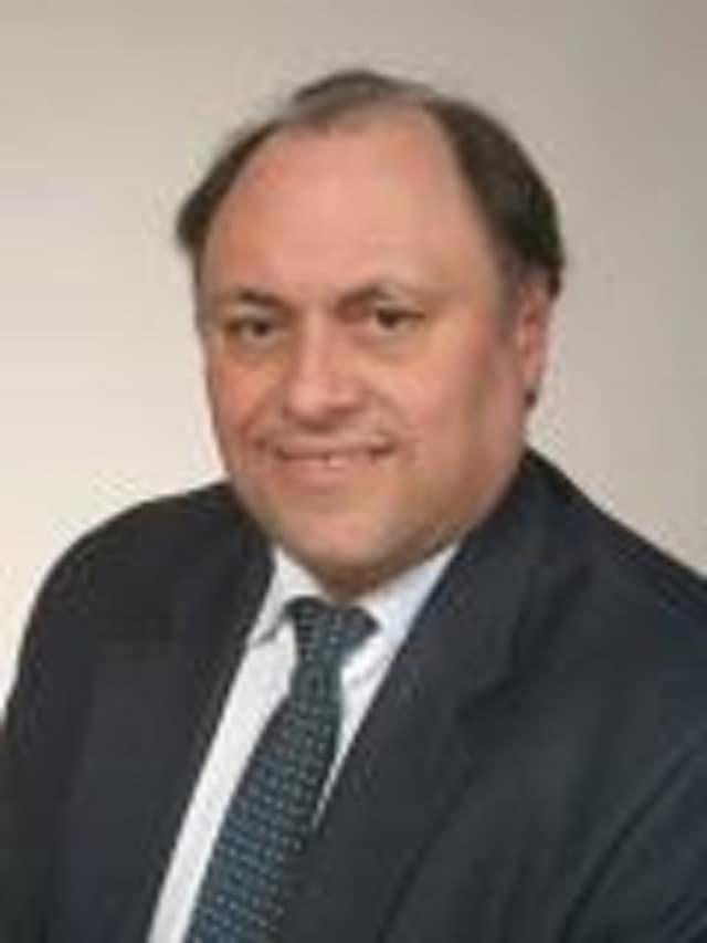 Dr. Diego Coira