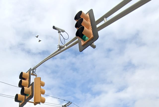 Traffic signal at Essex Street and Riverview Avenue in Lodi.