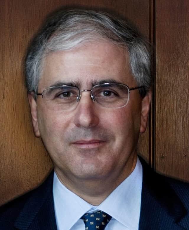 Larry M. Elkin is president of Palisades Hudson Financial Group.