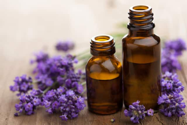 The use of essential oils is promoted as a way to lose weight.