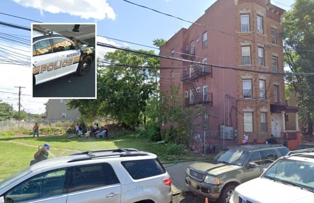 190 Hamilton Avenue, Paterson