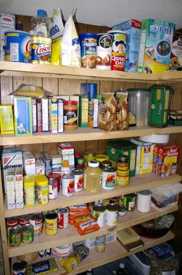 The Lyndhurst Food Pantry is always looking for donations to help feed local families.