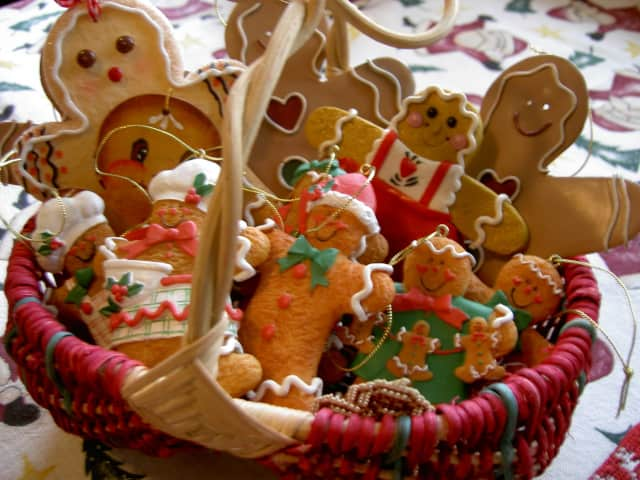 The Wyckoff Family YMCA invites patrons to make and decorate gingerbread men.