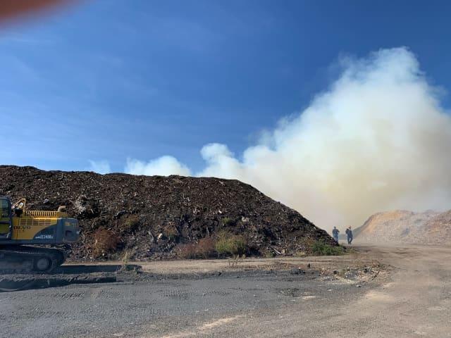 Fire at landfill by Bondi's Island, Thursday, Oct. 15
