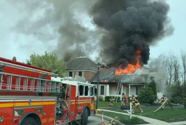 House fire in the 200 block of Saint James Court, Mechanicsburg, Pa.