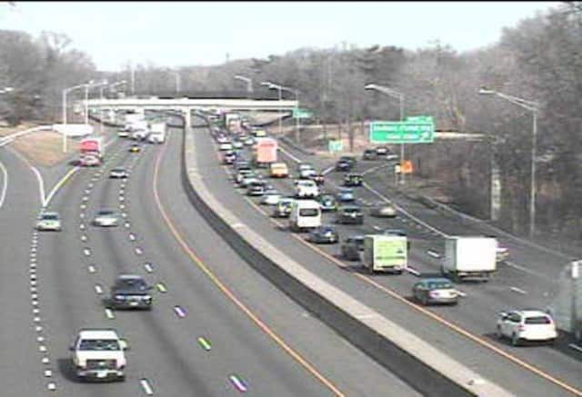 Two-Car Accident Blocks Lane Of I-95 In Greenwich | Greenwich Daily