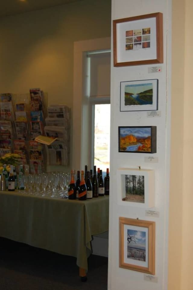 The Dennis P. McHugh Piermont Public Library will hold its annual Gift of Art sale and gala reception this Sunday.
