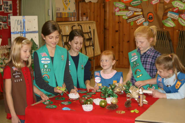 The Darien Senior Center will host the Ox Ridge School fourth grade Brownie Troop Friday to decorate ornaments and Christmas trees.