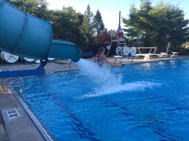 The Ridgefield Park Pool Commission is offering a discount on memberships.
