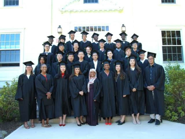 Oakwood Friends Celebrates Class Of 2016 | Southwest